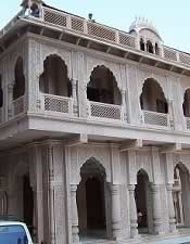 ISKCON Temple at Chowpatty, Mumbai (Sri Sri Radha Gopinath Mandir)