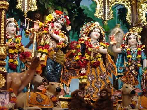 Idols at ISKCON Temple, Mumbai Chowpatty. Sri Radha Gopinath Temple.