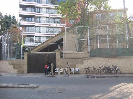House Wonderful on Photo Of Outside View Of Amitabh Bachchan   S House  Prateeksha  It