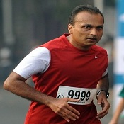 Industrialist Anil Ambani at the 2012 Mumbai Marathon