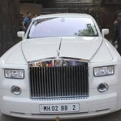 Bachchan's Rolls Royce Phantom with number plate BB 2