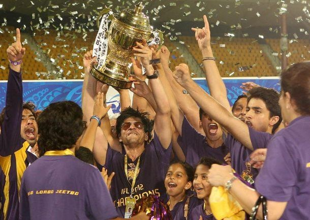 Shahrukh Khan and his team of cheerleaders, including Suhana, at the final of IPL 2012
