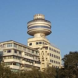 Pearl of the Orient at Ambassador Hotel, Marine Drive is a revolving restaurant in Mumbai