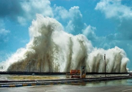 High Tide during the Mumbai rains and monsoon season