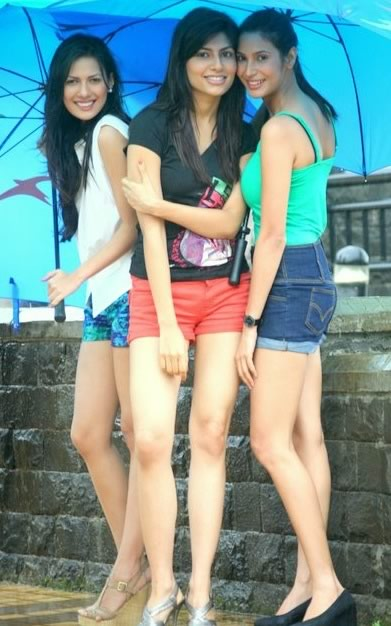 Photo of all three 2012 Miss India in the Rain - Rochelle Rao, Vanya Mishra and Prachi Mishra