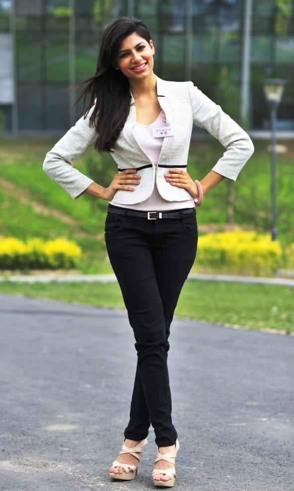 miss india vanya mishra at miss world 2012 photo