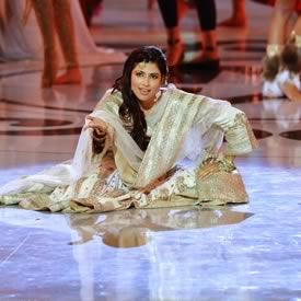 Miss India Performing a Mujra dance to Umrao Jaan at 2012 Miss World
