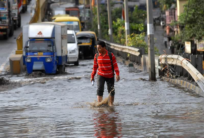 Mumbai Monsoon rain picture of flood water and traffic problems