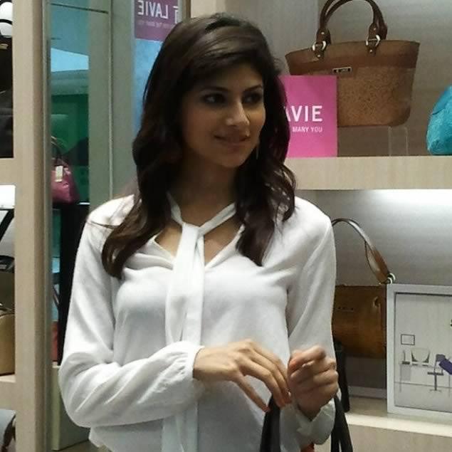 2012 Pantaloons Femina Miss India World Vanya Misra at the launch of a store.