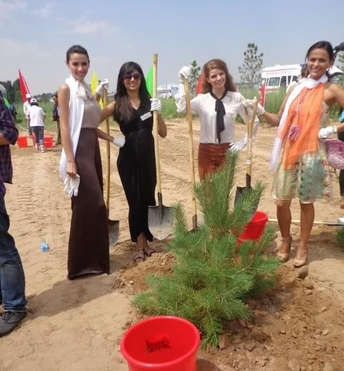 Miss India, Vanya Mishra, planting a tree at Ordos for posterity.
