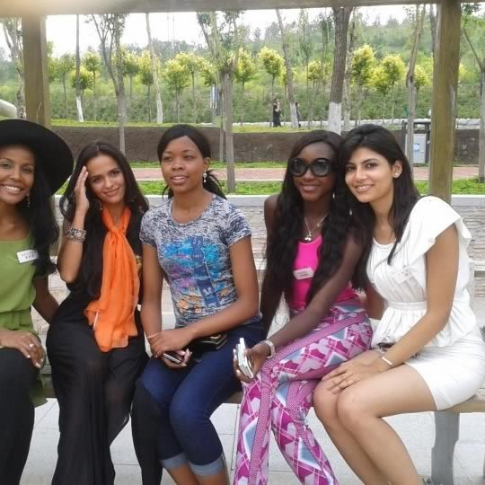 Vanya Mishra sight seeing with other contestants during 2012 Miss World in Ordos, China