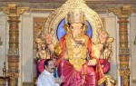Ravi Surve of Fort Vibhag Sarvajanik Ganeshotsav Mandal spent 50 lacs on this amazing pandal.