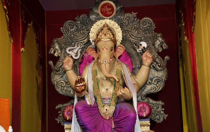 Mumbaicha Raja is the title of the famous Ganpati Statue in Ganesh Lane, Lalbaug