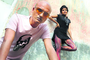 Jeet Thayil writes songs and plays the guitar with Suman Sridhar