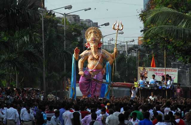 The Ganesh Idol from Nare Park in Parel, Central Mumbai, is popularly called Parelcha Raja.