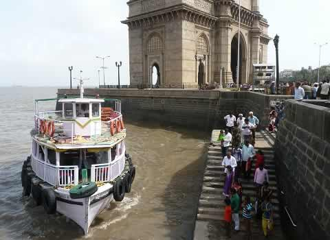 Boat Ride from Gateway Of India (Mumbai) to Elephanta and Alibaug