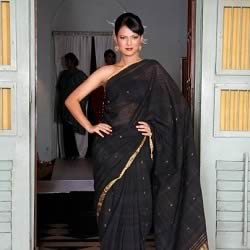Miss India 2012 and IPL 6 TV host, Rochelle Maria Rao modelling in a Sari.
