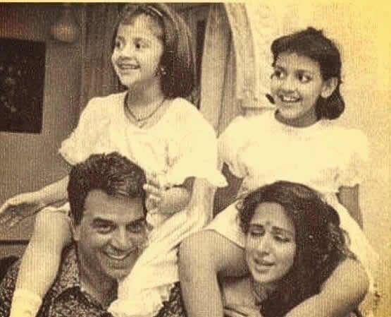 Young Dharmendra and Hema Malini Family Picture with daughters Esha and  Ahana. - Wonderful Mumbai