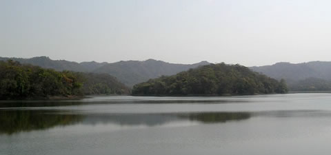 Picture of Mumbai Lake (Tulsi Lake) that supplies water to Mumbai City.
