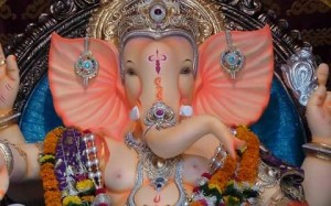 Pictures of Ganpati Idols and Ganesh Chaturthi in Mumbai in 2014