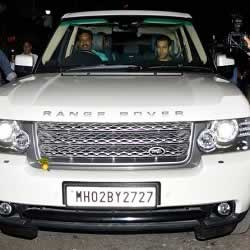Salman Khan's Range Rover Vogue luxury car.