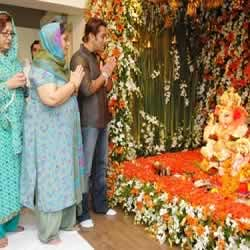 Salman Khan performing Ganesh Puja at home during Ganesh Chaturthi.