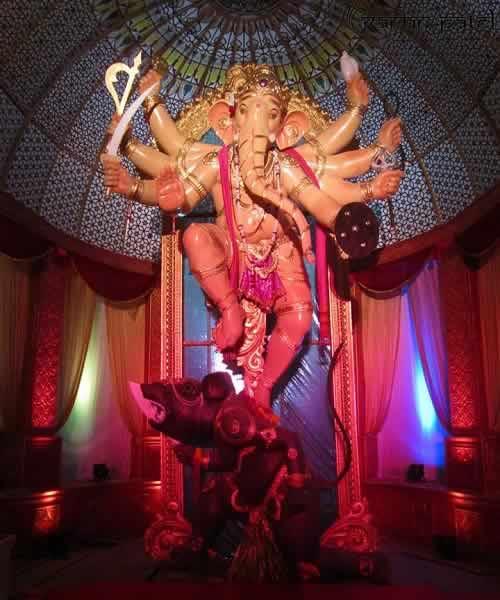 "Khetwadi Galli 11 ""Mumbaicha Maharaja"" Ganesh is Mumbai's tallest."