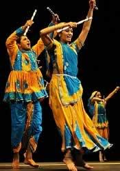 Navratri, Garba Raas, Dandiya Raas Venues, singers in Mumbai.
