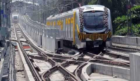Mumbai Metro Line 1 from Versova to Andheri to Ghatkopar