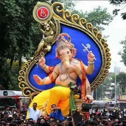Picture of the 2014 Chinchpoklicha Chintamani Ganpati Murti (Idol)