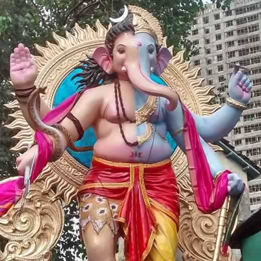 Pictures of ganpati idols and ganesh chaturthi in mumbai in 2014 maharaja is the khetwadi lane gali 11 ganpati idol thecheapjerseys Image collections