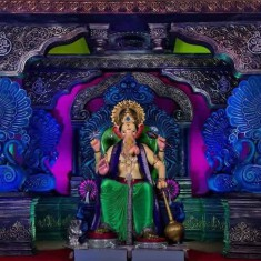 Khetwadi 10th Lane Ganpati: Beautiful Ganesh Pandal.