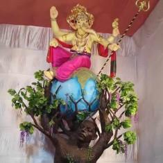 "Pictures of Mumbai's famous ""Khetwadicha Raja"" (Khambata Road)"