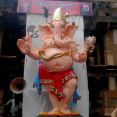 Ladka Lambodar is name of the Rangari Badak Chawl Ganesh