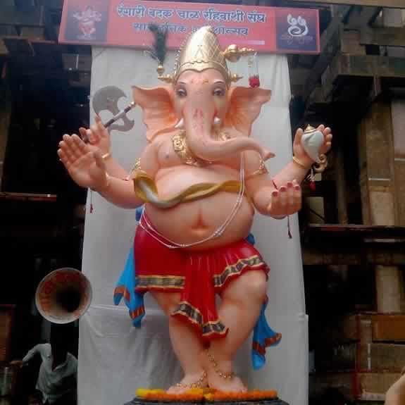 Ladka Lambodar is name of the Rangari Badak Chawl Ganesh