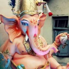 """2014 """"Ladka Lambodar"""" Ganesh of Rangari Badak Chawl."""
