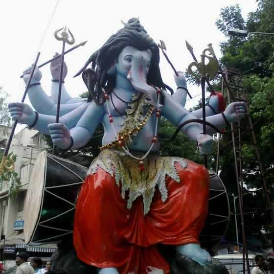 Vile Parle VishwaCha Raja Ganpati is one of Mumbai's best in 2014.