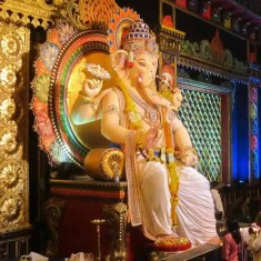 Khetwadi Galli 12 is one of Mumbai's best Ganesh Pandal.