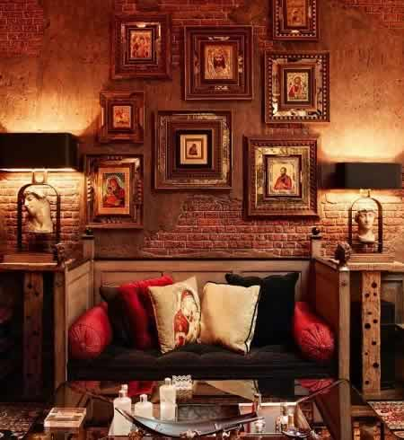 Image of the interiors of Shahrukh Khan's Living Room.