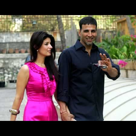 Picture of Akshay Kumar and Twinkle Khanna at Home
