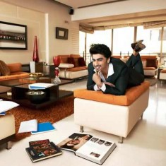 Picture of Actor Arjun Kapoor at Home in his Living Room
