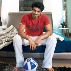 Photo of Hindi Movie Star Arjun Kapoor in his Bedroom