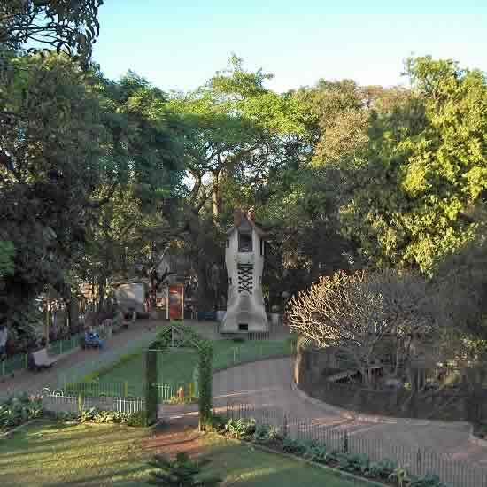 Mumbai's Hanging Garden Is A Popular Tourist Place