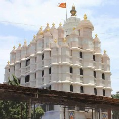 Siddhi Vinayak Is One Of Mumbai's Most Popular Hindu Temples
