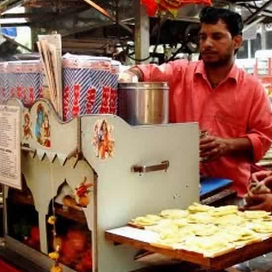 Street Hawkers Sell Mumbai Sandwiches All Over Mumbai