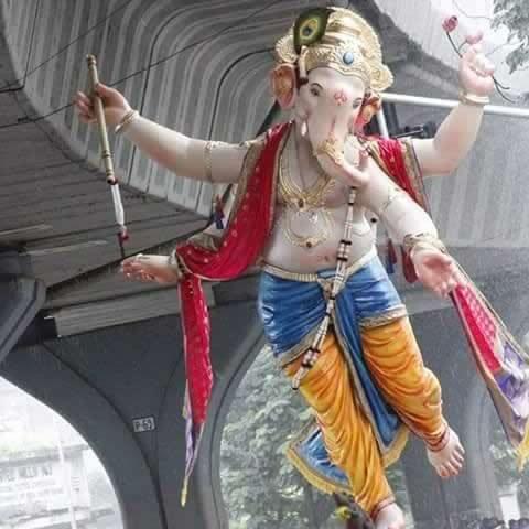 Chandanwadicha Raja is among Mumbai's Best Ganpati Idol