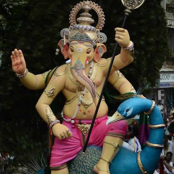 Mira-BhayanderCha Raja Is A Famous Ganesh in Mumbai Suburbs