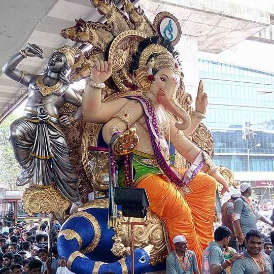 Vijay Khatu Made Chinchpokli Cha Chintamani Ganesh Idol