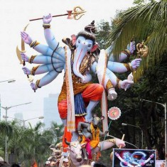 Mumbaicha Maharaja is the Khetwadi Galli 11 Ganpati