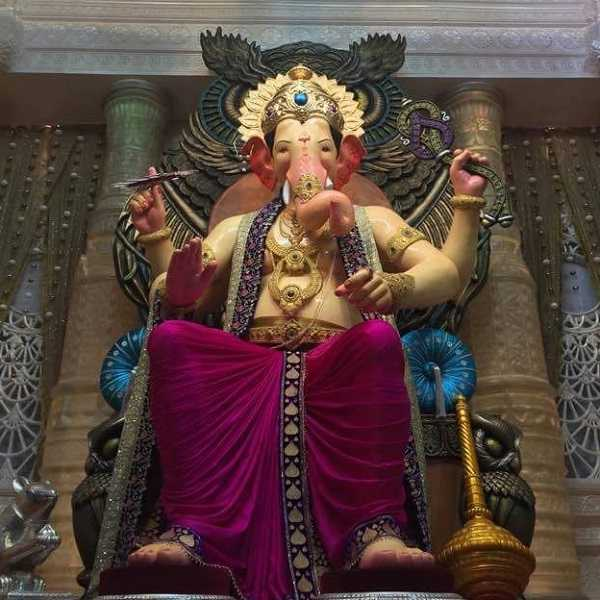 Photos of 2016 mumbai ganesh chaturthi ganesh idols wonderful 2016 lalbaug cha raja ganesh photo 2016 lalbaug cha raja mumbais most famous ganesh thecheapjerseys Choice Image